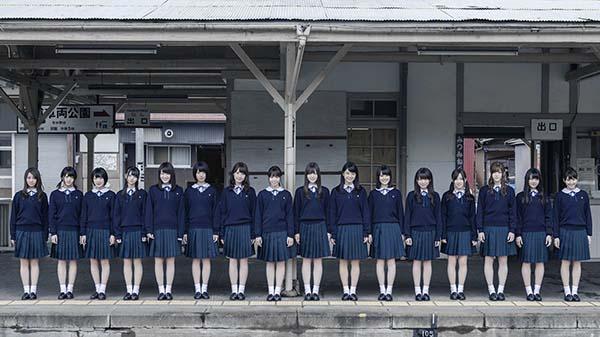 nogizaka46 mv 001-2.jpg